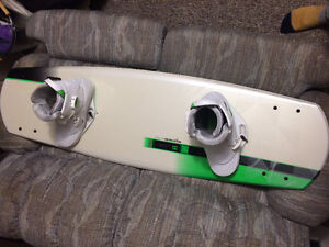 Ronix One Modello wakeboard with size 12 boots