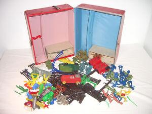 Coffre à jouets des années 1950 - 1960 : Louis Marx Toys