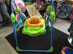 SAUTEUR/EXERCISEUR JUMPEROO - FISHER PRICE