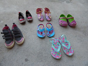 Toddles shoes brand new 9-10-11 girls