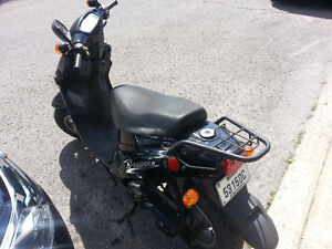 SCOOTER SEULEMENT 350$