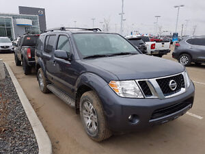 2012 Nissan Pathfinder SV Tech For Sale by Original Owner Low KM