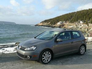 2011 Volkswagen Golf 2.5L Hatchback  ..$9500