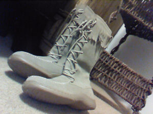 Brand New, Size 7, Ladies Faux Suede Moccasin Style Boot