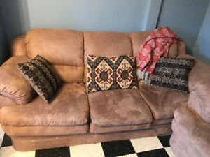 Awesome Matching Couch and Chair Set