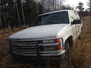 1998 Chevrolet Tahoe SUV, Crossover