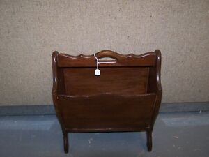 GREG'S ANTIQUES and COLLECTABLES - MAGAZINE RACK