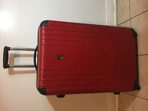Heys Large Expandable Hard Cover Spinner Suitcase