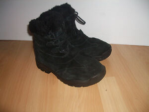""""""""""" SOREL """""""" winter boots -------- size 9 US lady"""