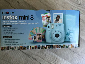 Brand New never used Fujifilm  Instax mini 8 with fun pack