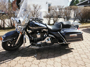HARLEY ROAD KING 2003
