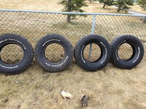 Used 255/80r17 bf Goodrich mud terrain tires