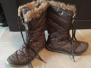 Columbia water proof winter boots