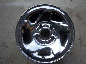 """Set of Four (4) Dodge Ram Pickup Chromed 5 Bolt Pattern 16"""" Rims"""