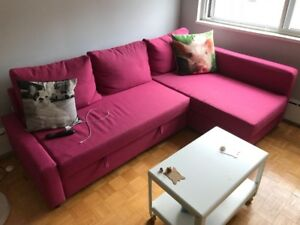 IKEA PULL OUT COUCH FOR SALE!!!