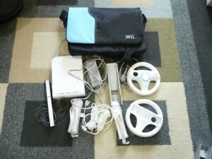 Nintendoi Wii with Bag