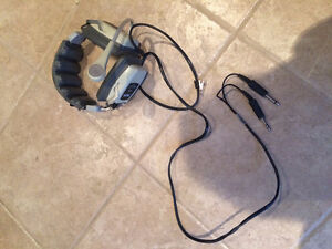 Aircraft Headset: Telex D-950