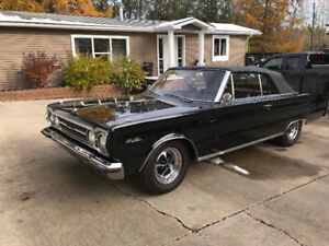 Classic Plymouth 1967 Black Jewel