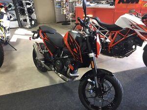 2016 KTM 690 Duke