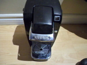 KEURIG COFFEE MAKER MODEL K10