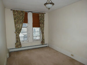 Downtown 2bedrooms +study Kingston Kingston Area image 3