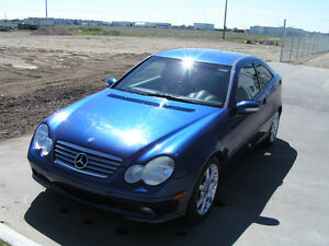 2002 Mercedes-Benz C-Class C230 KOMPRESSOR Coupe (2 door)