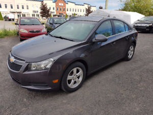 2011 Chevrolet Cruze LT automatique gris charcoal