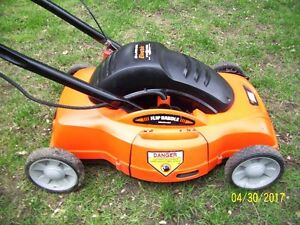 Lawn Hogg Electric Lawnmower 18 inch cut