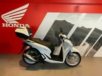 New Honda SH 125 i Scooter 2021 - With Electronic Smart Keyless Top Box -