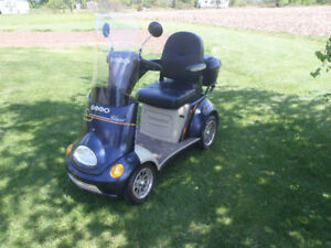 Four wheel electric mobility ET4 scooter for sale