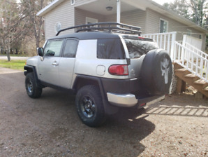 2008 Toyota FJ cruiser low kms