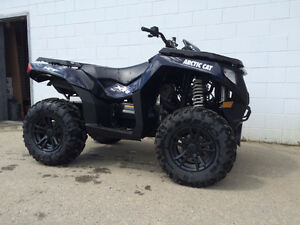 Arctic Cat 700 with Power Steering