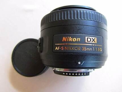 Nikon AF-S 35 mm F 1.8 G Lens.