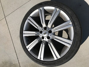 RANGE ROVER OR LAND ROVER OEM RIMS & GOODYEAR TIRES