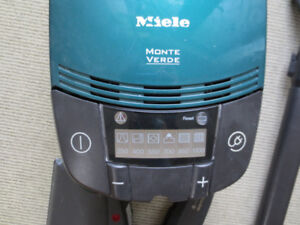 Miele Vacuum Monte Verde GREEN *BEST OFFER* - GREAT CONDITION