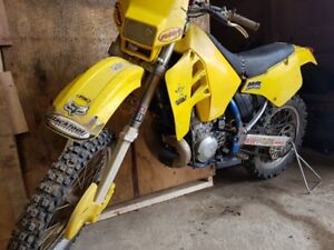 Suzuki RM250 rebuilt engine and crankcase.