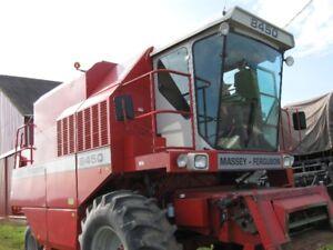 MF 8450 Hydrostat Combine