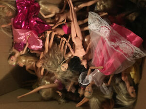 50+barbies, Barbie house, car, clothes & accessories