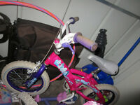 Girls Bike for sale, ideal for 4 or 5 yr old