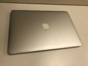2015 Macbook Pro Retina - Core i5 2.7ghz - 8gb ram - 128 ssd
