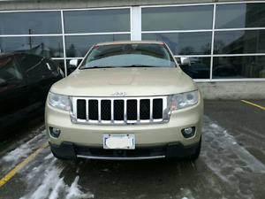 2011 Jeep Grand Cherokee overland golden