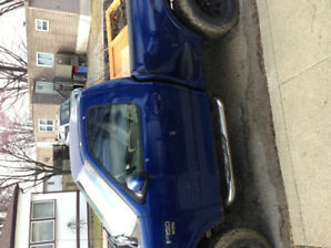 1999 Ford F-150 ::::ONLY 170 000 kilometres:::::::