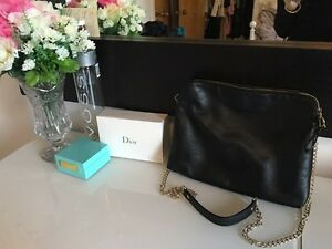 KENSIE ALL LEATHER TWO TONE PURSE/BAG