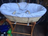 Disney Baby Moses basket and rocking stand