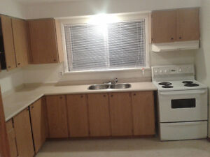 2nd floor 2 bdrm apt. available in quiet south end triplex.