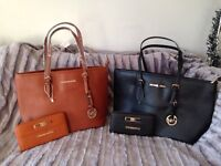 Purse and tote bag set mk can post