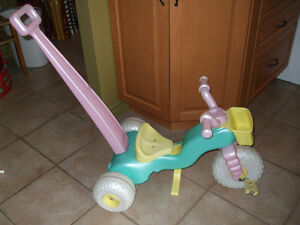 Tricycle 2 dans 1 ( 450-994-2242 )