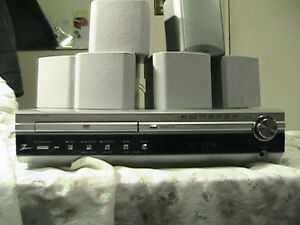 ZenithDVD/CD Receiver LH-D6235*Digital Theatre System*110Watts