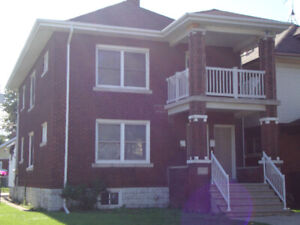 BEAUTIFUL LARGE TWO BEDROOM UPPER DUPLEX FOR RENT