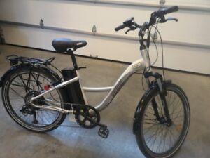 Vélo électrique Velec P2, batterie Lithium 36 Volts 20 Ampères.